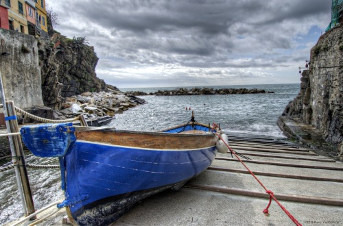 Cinque Terre blue boat