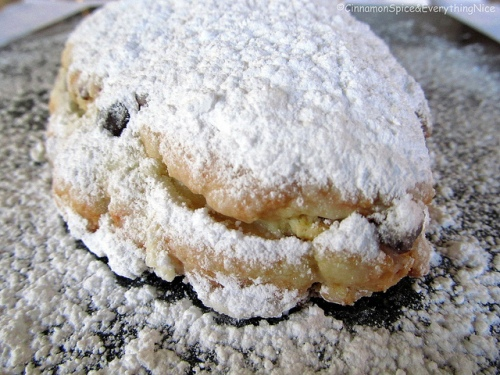 Holiday-Stollen
