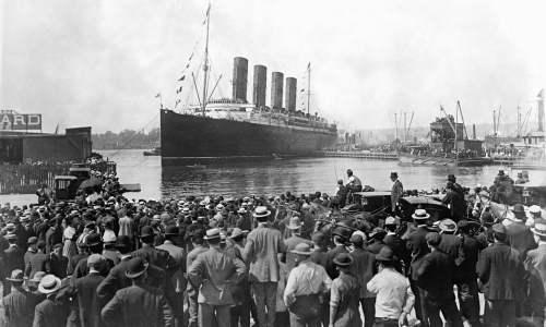 Cunard-liner-Lusitania-de-009